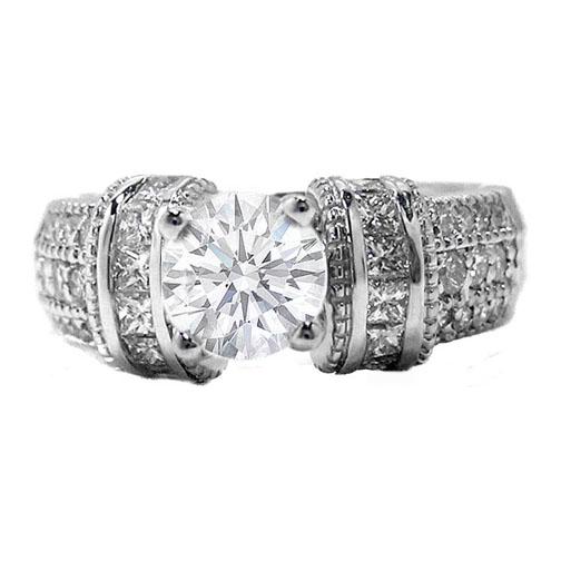 Engagement Ring with 3 rows round diamonds and horizontal princess diamonds