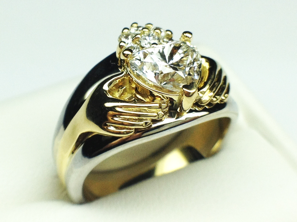 Claddagh Two-Tone Heart Diamond Engagement Ring Bridal set