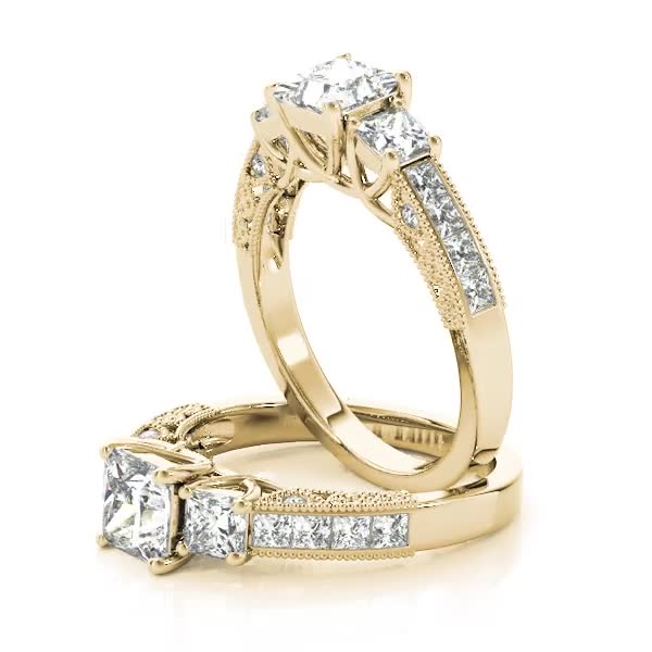Three Stone Vintage Princess Diamond Engagement Ring, Anniversary Ring in Yellow Gold