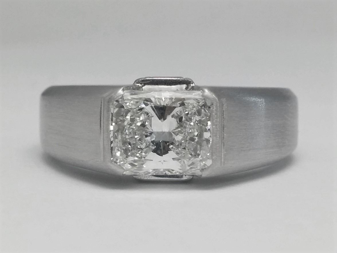 Horizontal Radiant Cut Diamond Engagement Ring with Baguette accents
