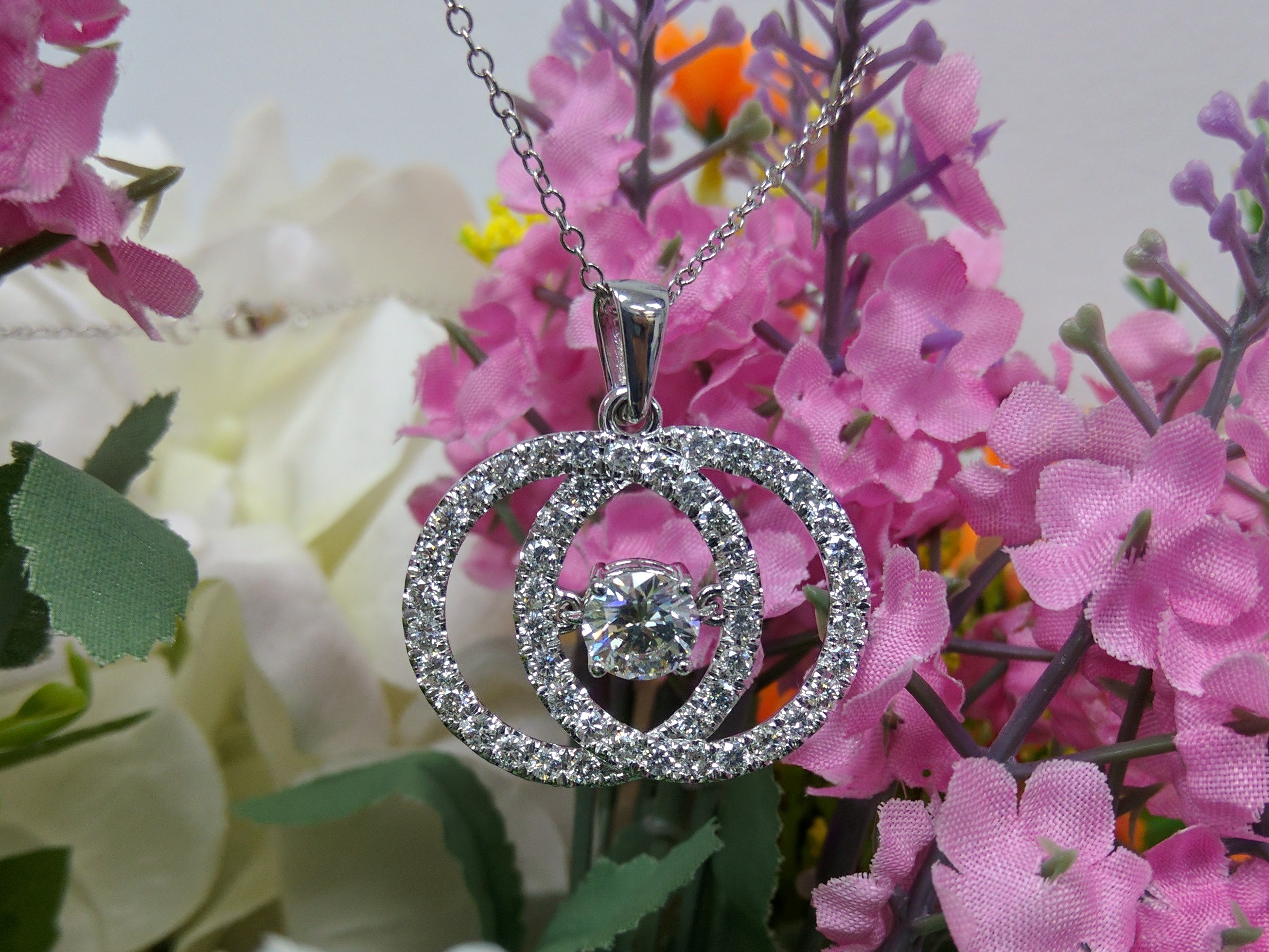 Double Circle of Love with Mobile Center Diamond