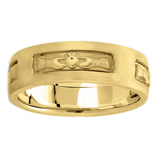 Men's Claddagh Wedding Ring 7 mm 18K Yellow Gold