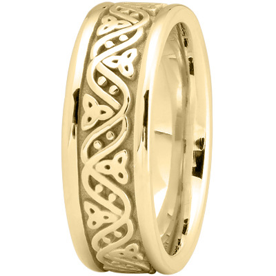 Celtic Wave Men's Wedding Ring in Yellow Gold