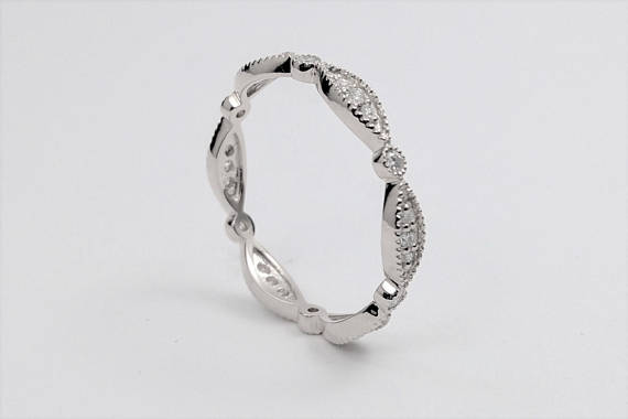 Eternity Petite Swing Diamond Band